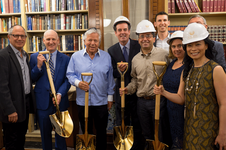 Congregation KI Groundbreaking Group Photo